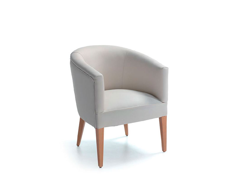 beca armchair