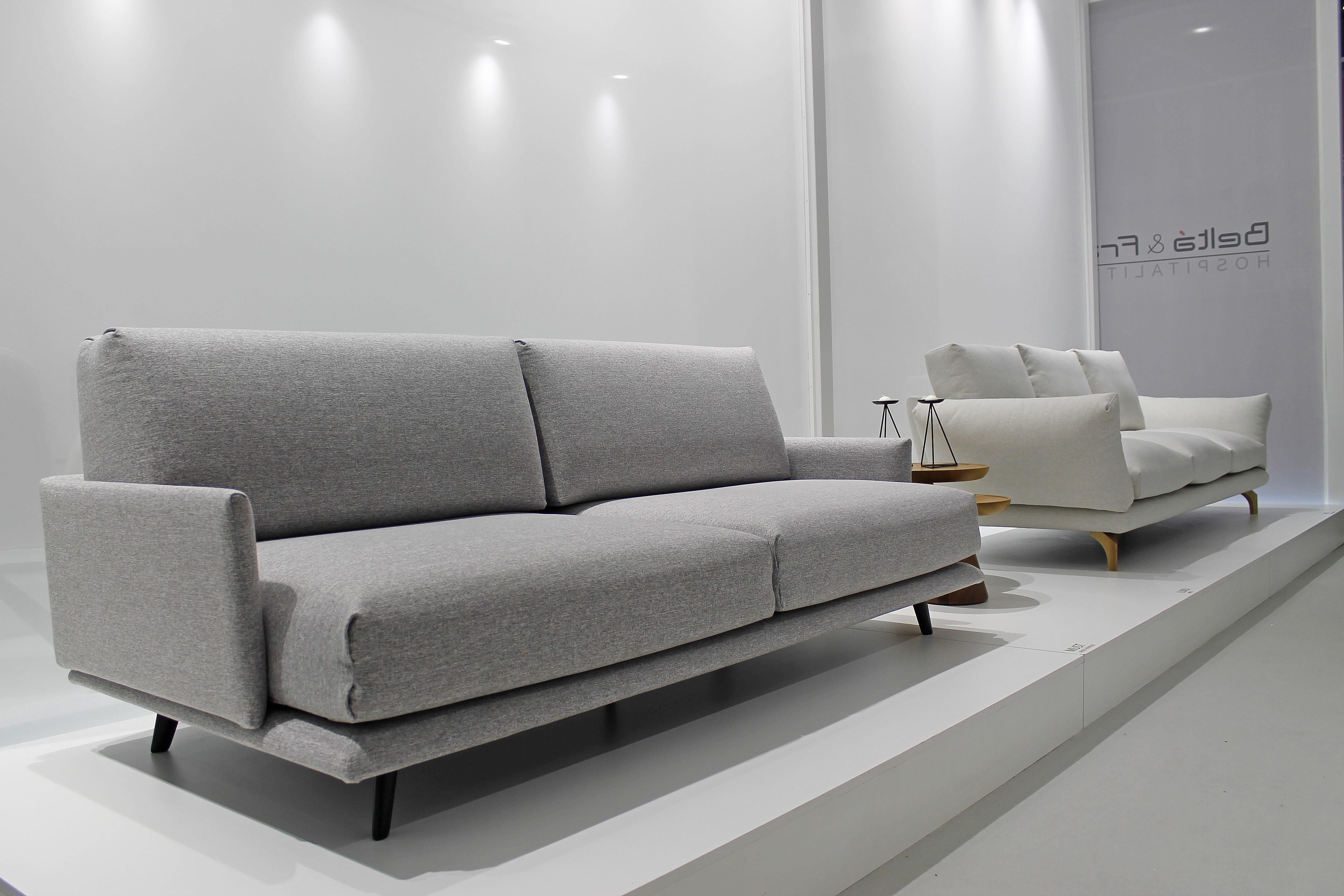 sofa expuesto
