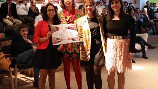 1º premio en categoría estudiantes Ágatha Ruiz de la Prada