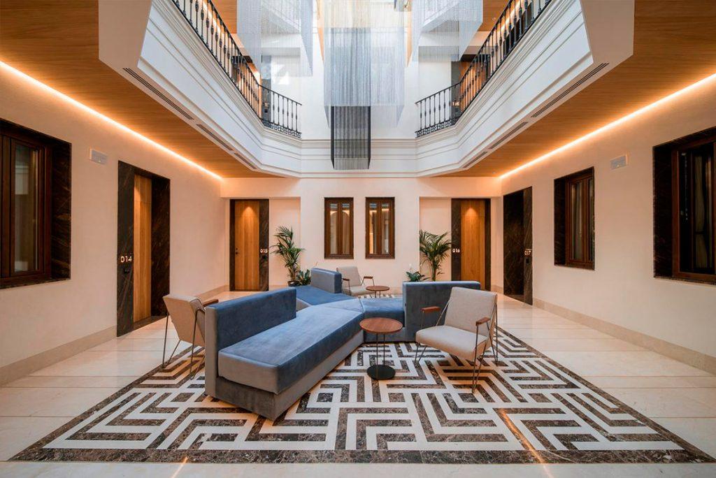 lobby del hotel Unuk Soho Sevilla