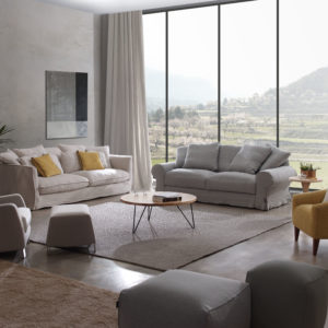Sofá de diseño en decoracion salon elegante