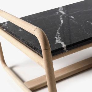LAYA marmol negro fresno