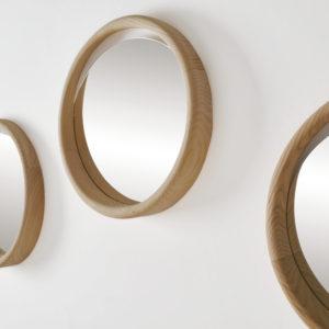 SKON-round-mirror-oak