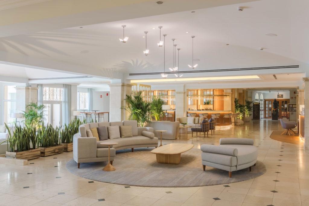 mobiliario-lobby-hotel-la-sella-golf-denia