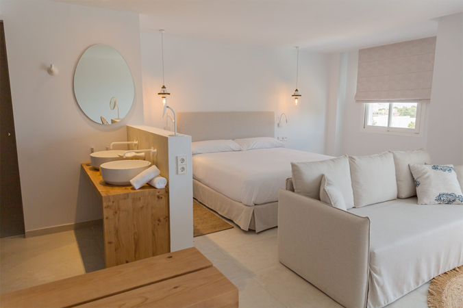 Hotel-Las-Mimosas responsive